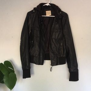 URBAN OUTFITTERS JACKET SZ M